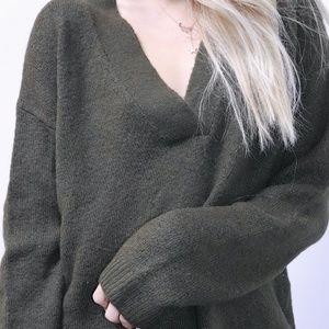 Olive green H&M v neck sweater